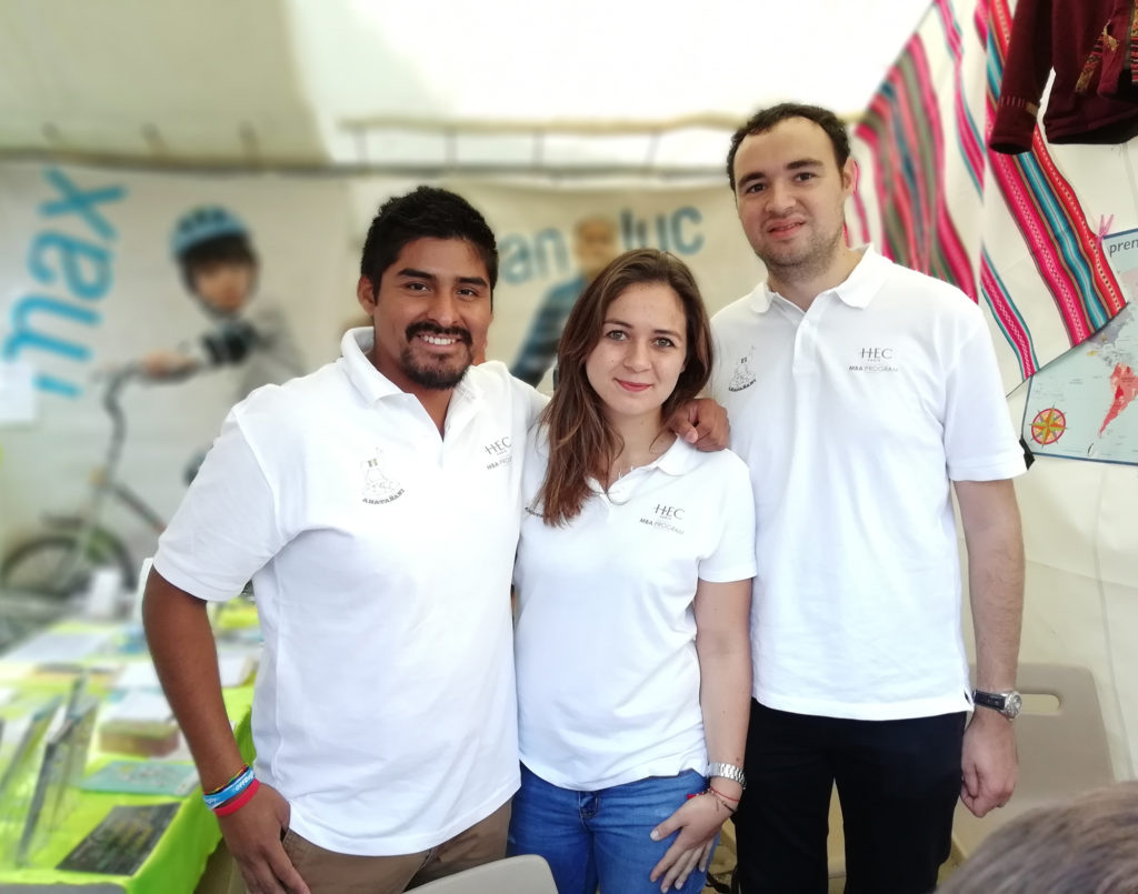 MBA student Jean Fontayne (left) started the initiative in Bolivia