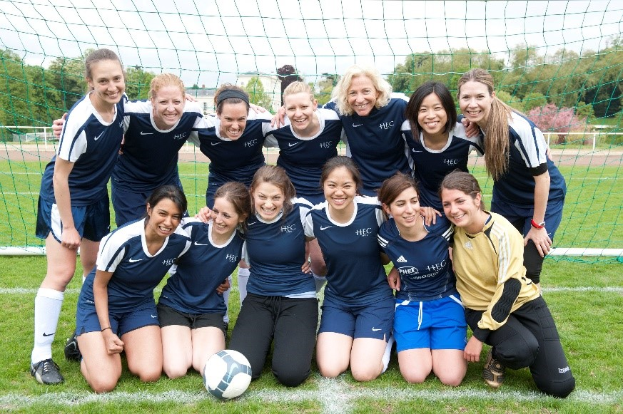 Image of Women's soccer in 2010 (with Dean Valérie Gauthier)
