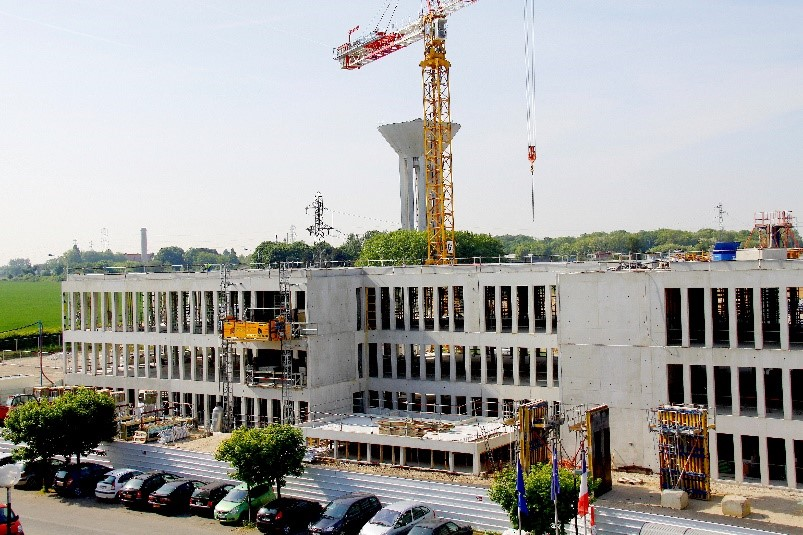 Image of S building construction