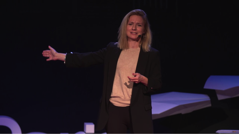 MBA CEO Nina Sesto during a TEDx talk at HEC Paris