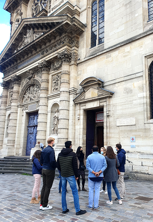 Group outside of Saint Genieve discovering the history of women in Paris