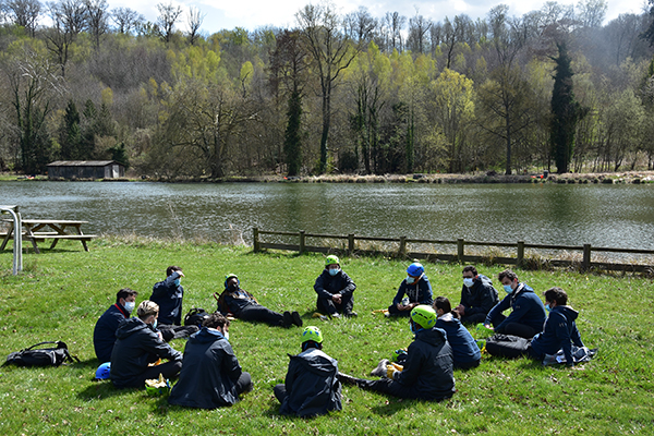 Debriefing by the lake